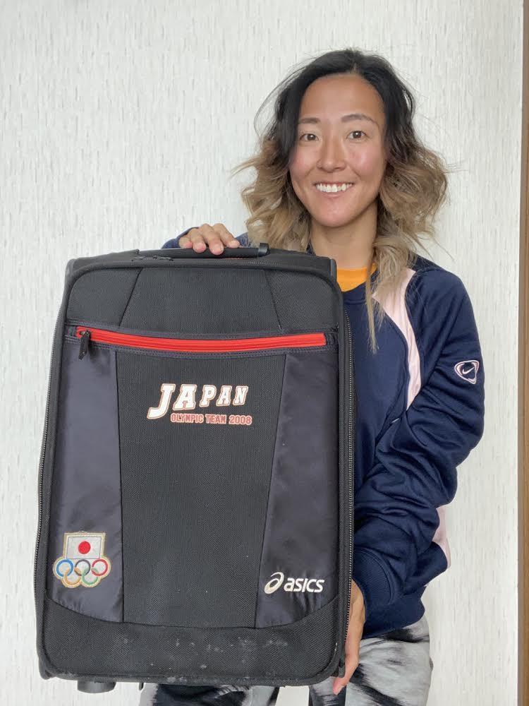 【公式】実使用・本人直筆サイン入「スーツケース」永里 優季