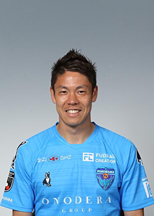 【選手直筆サイン入り着用済公式】横浜FC 2019シーズン2ndユニフォーム    伊野波雅彦 選手