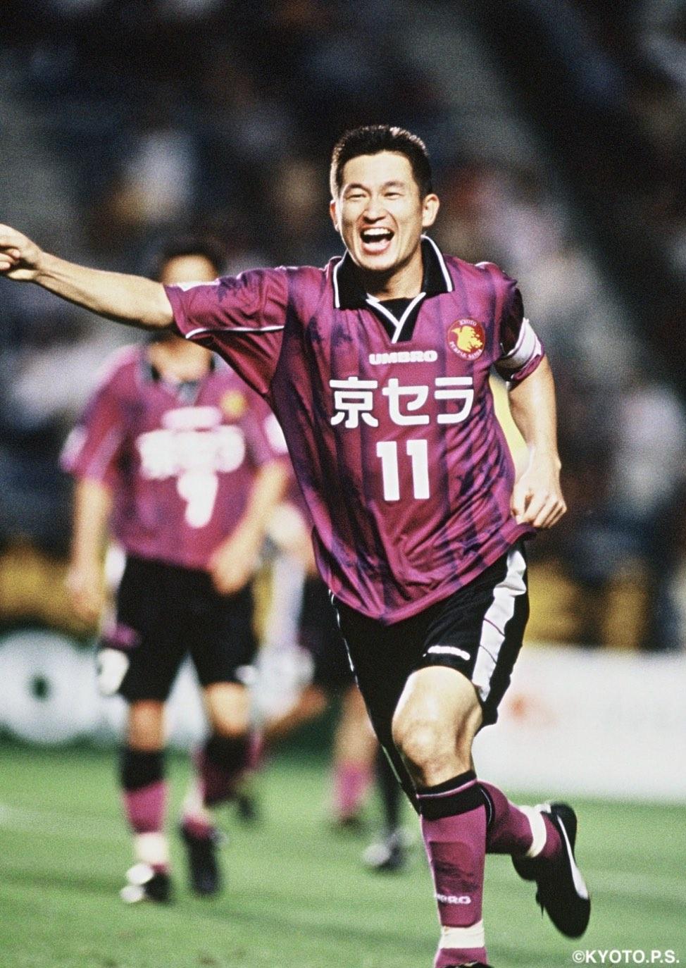 【公式】実使用・直筆サイン入「1999シーズン HOMEユニフォーム」11 三浦 知良