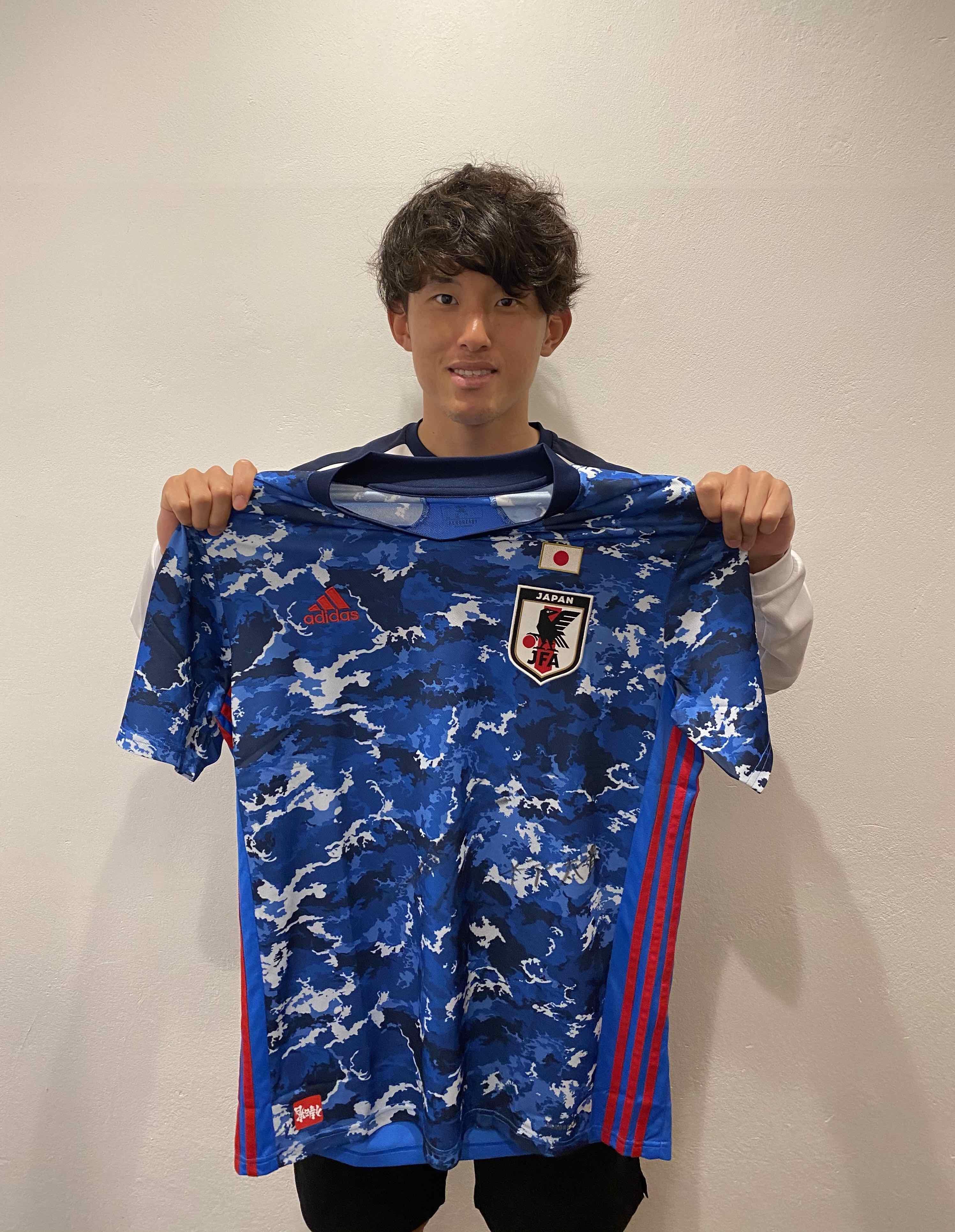【直筆サイン入り公式】U-23日本代表 平戸 太貴 選手(FC町田ゼルビア)