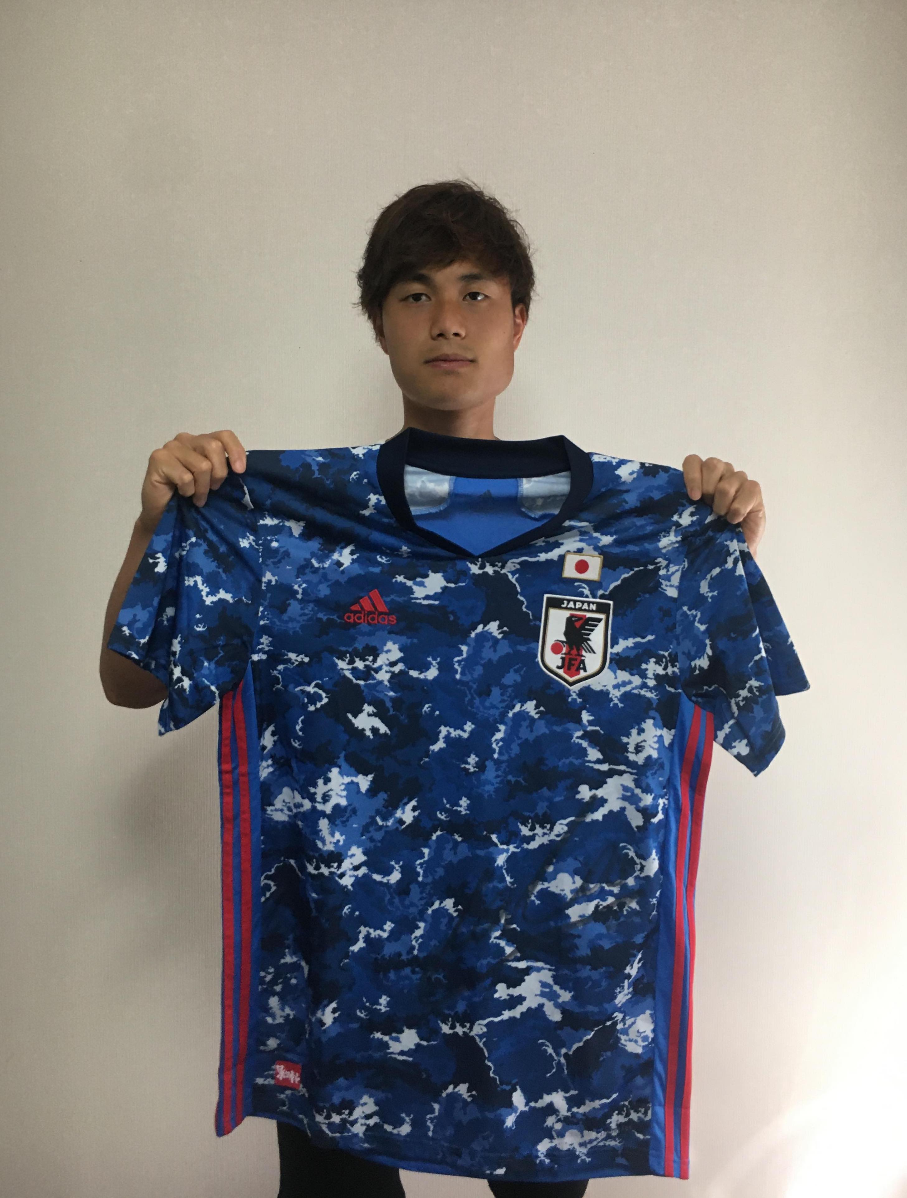 【直筆サイン入り公式】U-23日本代表 浦田 樹 選手