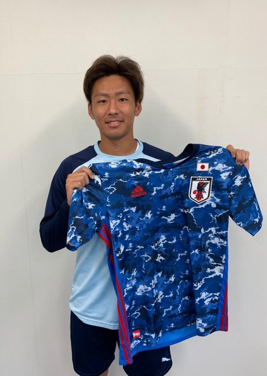 【直筆サイン入り公式】U-23日本代表 舩木 翔 選手(ジュビロ磐田)