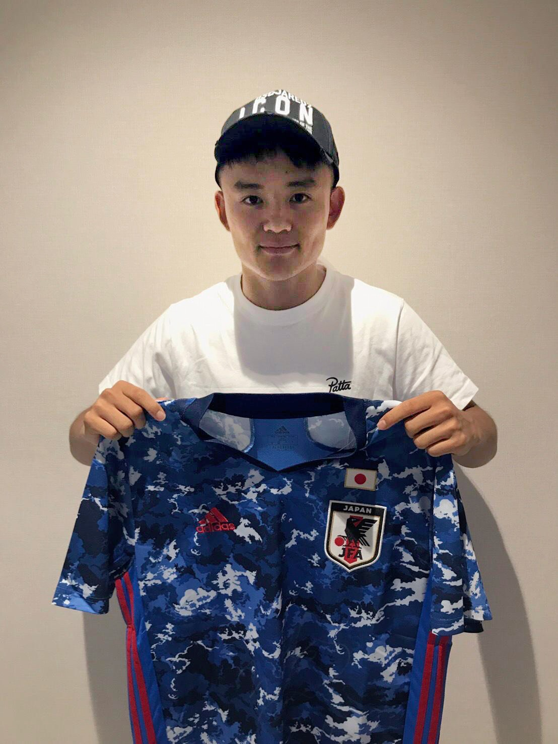 【直筆サイン入り公式】U-23日本代表 久保 建英 選手(ビジャレアルCF)