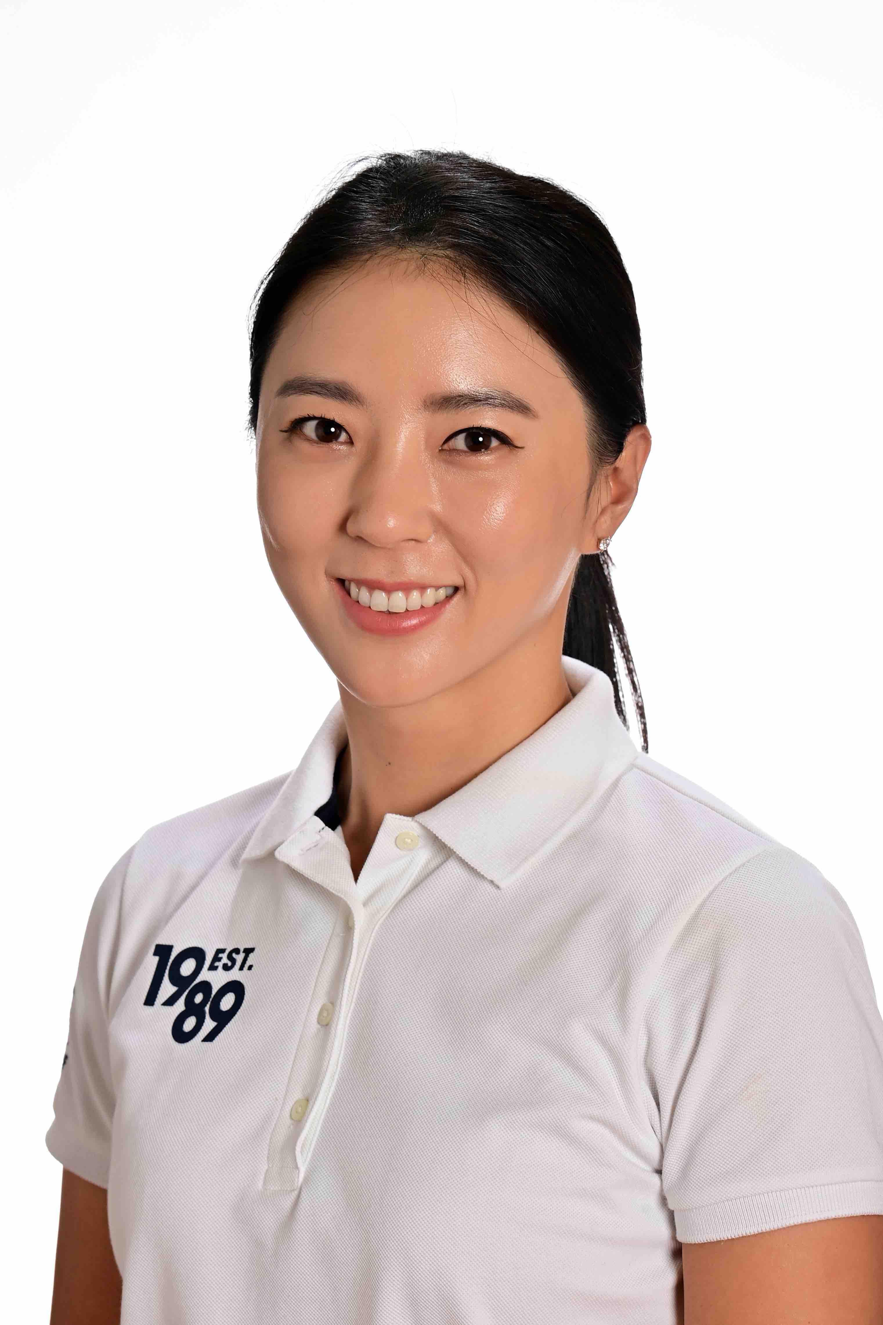 【JLPGA公式】ユン チェヨン 選手(ゴルフボール1スリーブ①)
