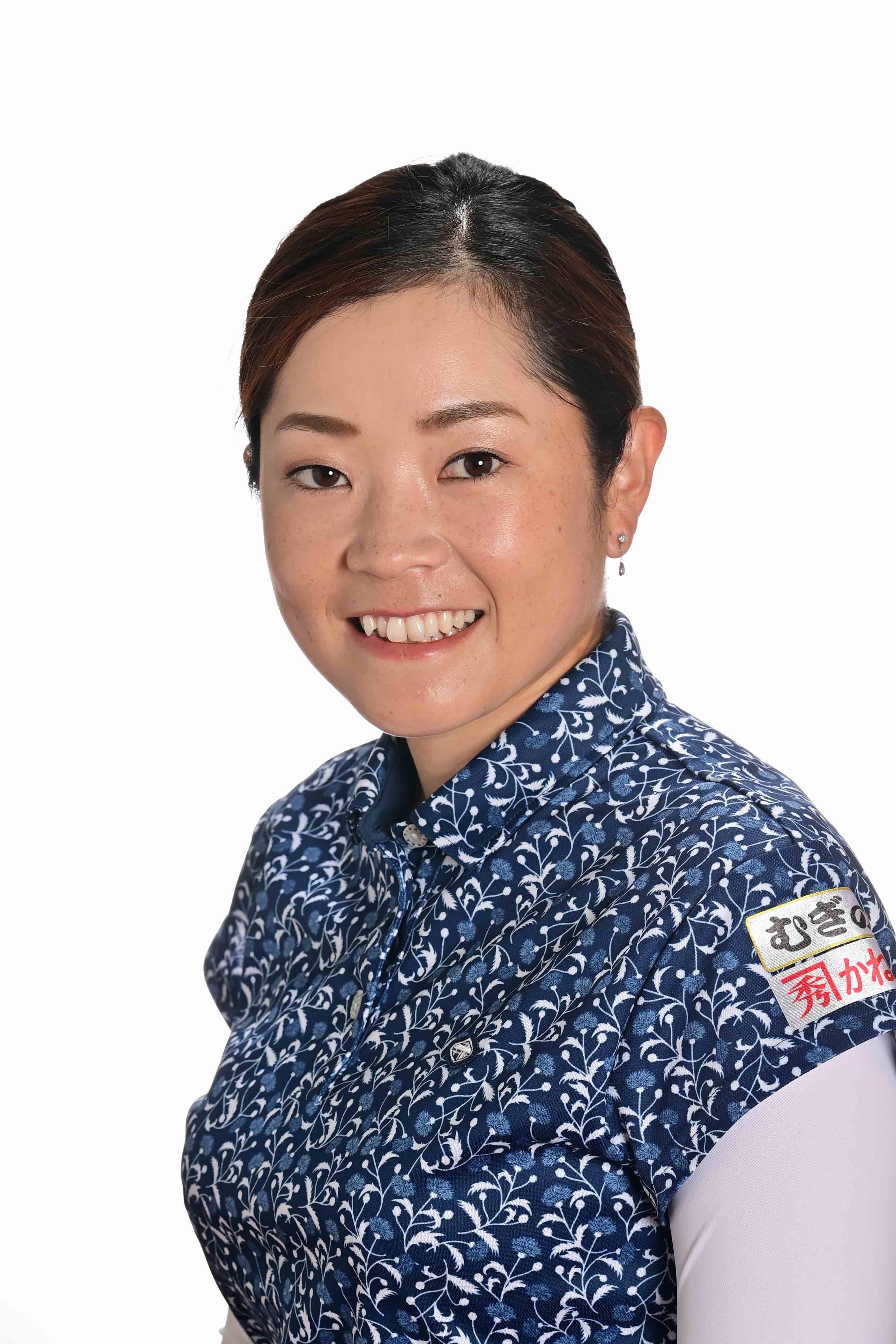 【JLPGA公式】仲宗根 澄香 選手(ゴルフボール1スリーブ②)